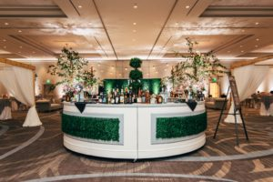 rachel_john_wedding-round-bar-boxwood