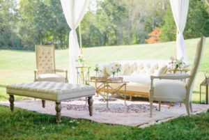 Lounge A-Vintage-Inspired-Garden-Wedding_0052